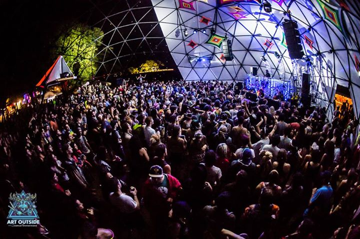 Dome Stage Art Outside 2015