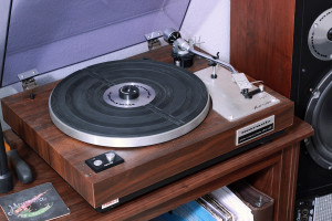 Marantz 6100 fitted with a Grado Green cartridge